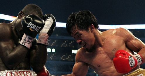 Clottey covers up at Cowboys Stadium