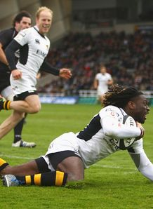 Paul Sackey scores Newcastle wasps