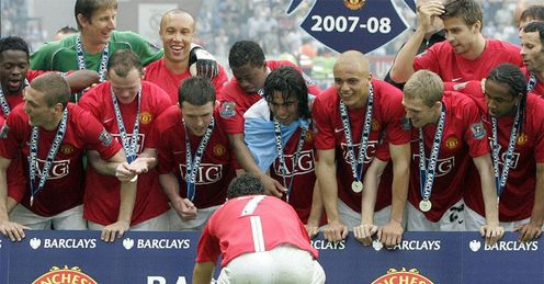 Last-day drama: Man Utd celebrate the 2008 title at Wigan. Will they do it on the last day again?