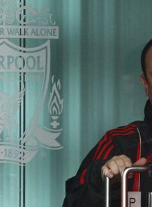 Benitez leaves Liverpool