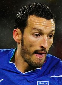 Zambrotta commits to Milan