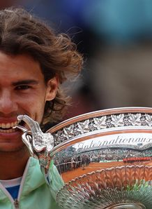 Five-star Rafa reigns again