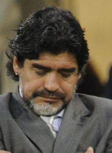 Maradona leaves Argentina