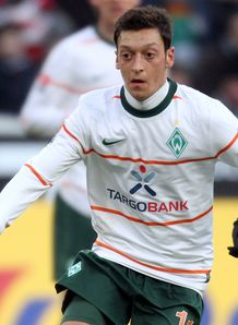 Bremen braced for Ozil offers