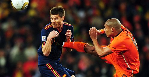 De Jong Alonso Foul Holland Spain World Cup Final 2010