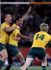 kurtley beale wallabies celebrate
