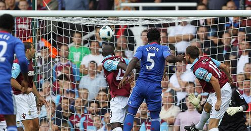 Michael Essien Chelsea Premier League