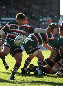 Ben Youngs at the base against Scarlets
