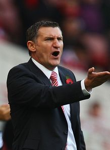 Mowbray frustrated at draws
