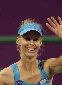 Dementieva quits after defeat