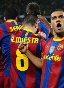 Alves set for fortnight out