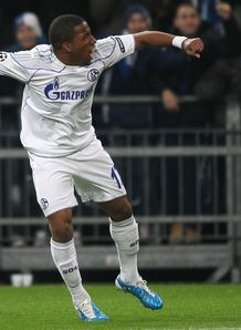 Farfan welcomes Juve link