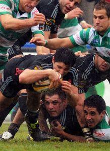 Tito Tebaldi mobbed by Treviso
