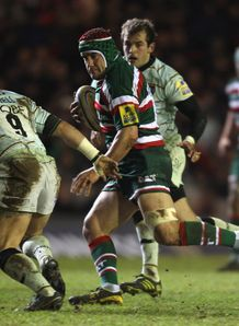 Leicester loosehead Marcos Ayerza carrying against Northampton
