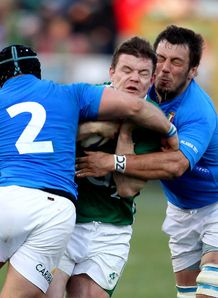 Brian O Driscoll double teamed Ireland v Italy 2011
