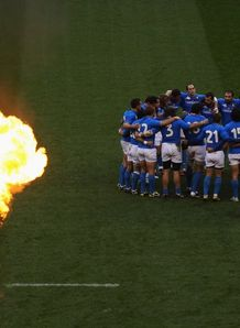 Six Nations Twickenham England v Italy huddle