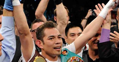 Nonito Donaire won on a split decision against Wilfredo Vazquez Jr