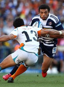 Bryan Habana set to take contact for Stormers