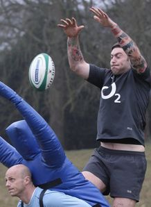 Matt Banahan catching training for England