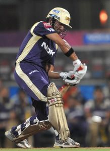 Duo keep Knight Riders alive