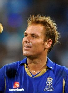 Winning farewell for Warne