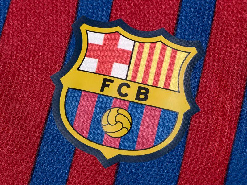 Barcelona-Home-Crest_2598436.jpg
