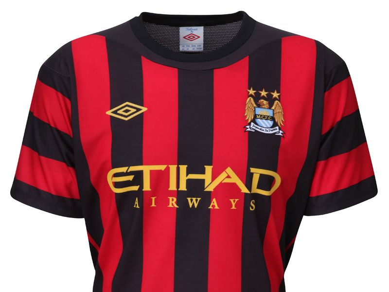 Manchester-City-Away-Kit-New-2_2600436.jpg