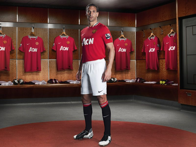 Nike-Man-Utd-Home-Ferdinand_2605320.jpg