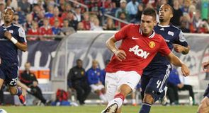 Tevez set to seal United move | Manchester United News, Fixtures ...