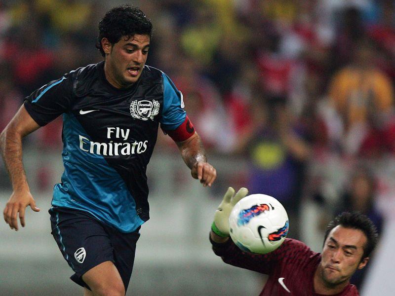Arsenal-Friendly-Carlos-Vela_2621668.jpg