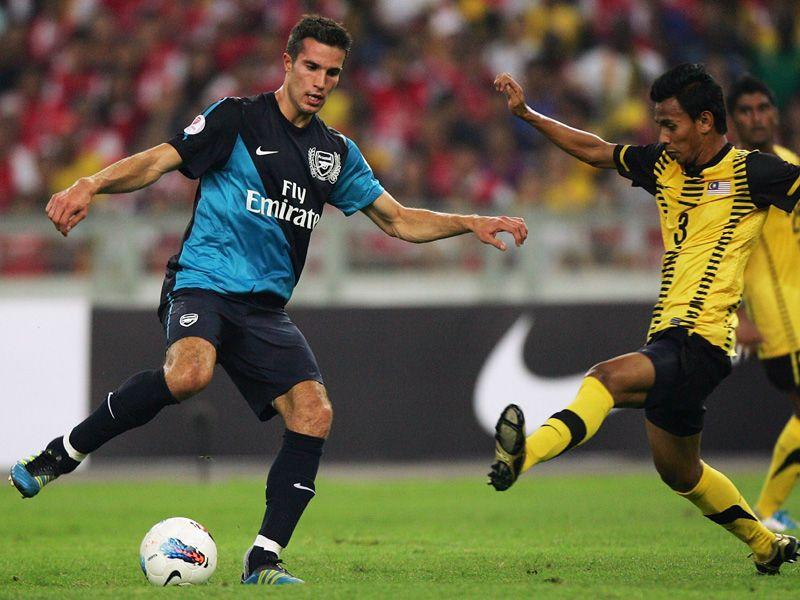 Arsenal-Friendly-Robin-van-Persie_2621667.jpg