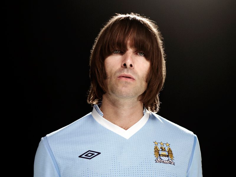 Liam-Gallagher-Manchester-City-Home-Kit-2011-_2622514.jpg