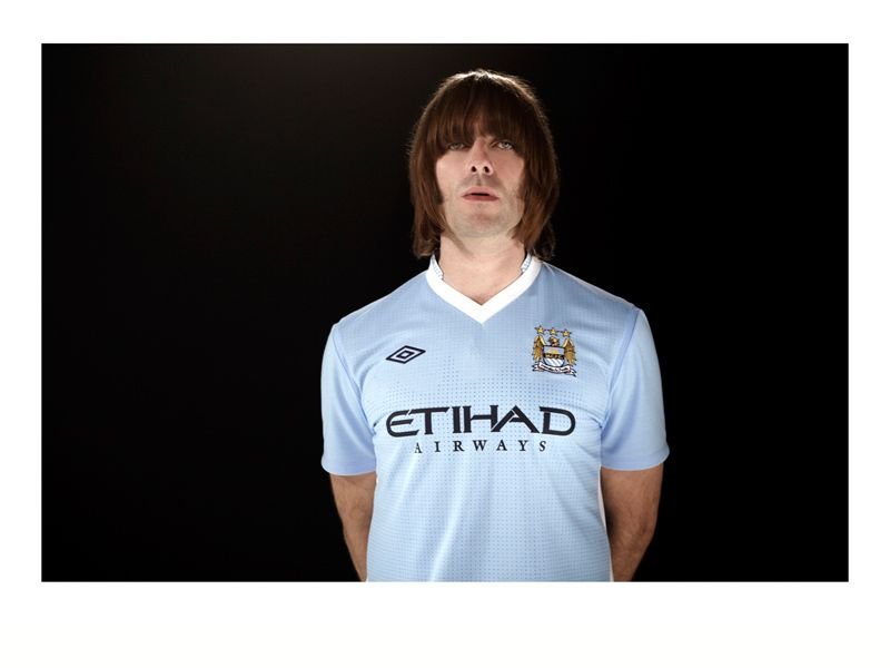 Liam-Gallagher-Manchester-City-Home-Kit-2011-_2622517.jpg