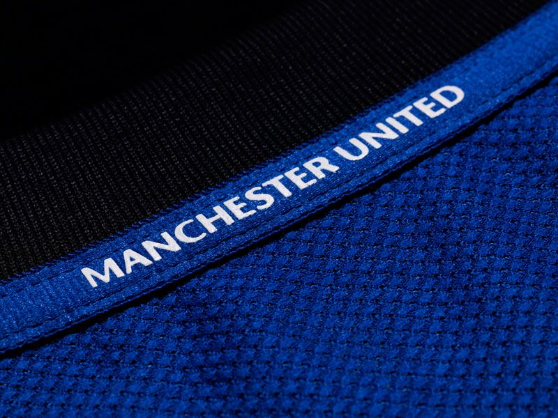 MAN-UNITED-AWAY-5_2623550.jpg