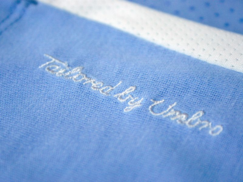 Manchester-City-Home-Kit-2011-2012-2_2622512.jpg