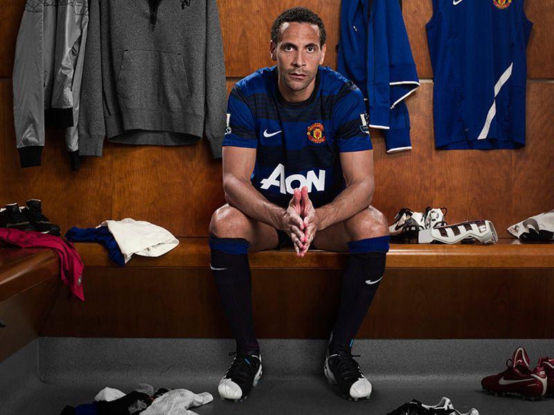 Rio-Ferdinand-Manchester-United-Away-01_2623556.jpg