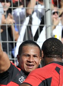 David Smith celebrates his debut try for Toulon