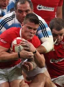Tavis Knoyle in action for Wales against Argentina
