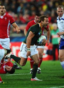 Francois Hougaard just before scoring South Africa Wales