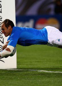 Italy v USA - Sergio Parisse try