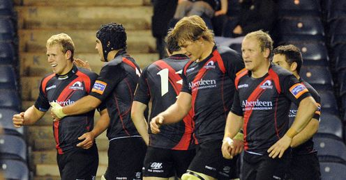 Edinburgh celebrate Gregor Hunter s try