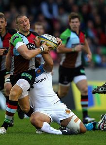 Mike Brown on a run for Harlequins against Exeter