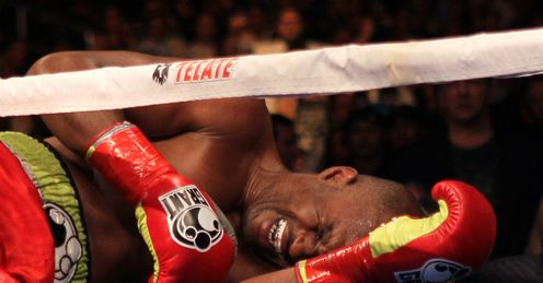 Hopkins: shoulder injury led to farcical end to fight