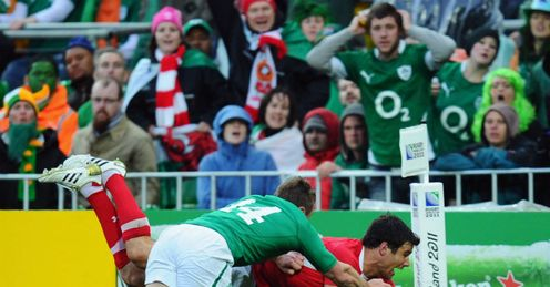 Phillips: superb try for Wales