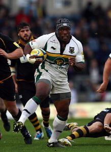 Brian Mujati on his way to scoring for Northampton against Wasps