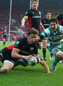 Owen Farrell scoring for Saracens against Treviso