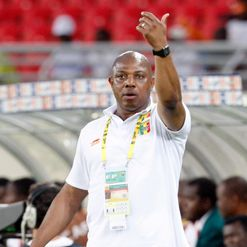 Keshi: Few complaints