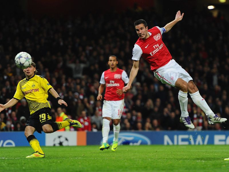 http://img.skysports.com/11/11/800x600/Arsenal-v-Borussia-Dortmund-Robin-van-Persie_2682177.jpg
