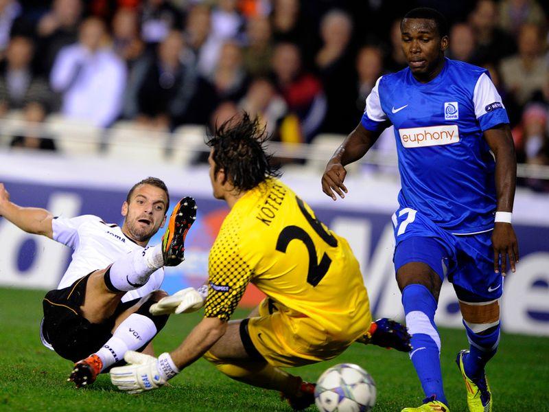 http://img.skysports.com/11/11/800x600/Valencia-v-Genk-Roberto-Soldado-goal_2682179.jpg