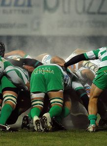 Aironi Rugby v Benetton Treviso scrum